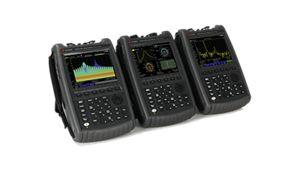 FieldFox models showing dfferent measurement screens
