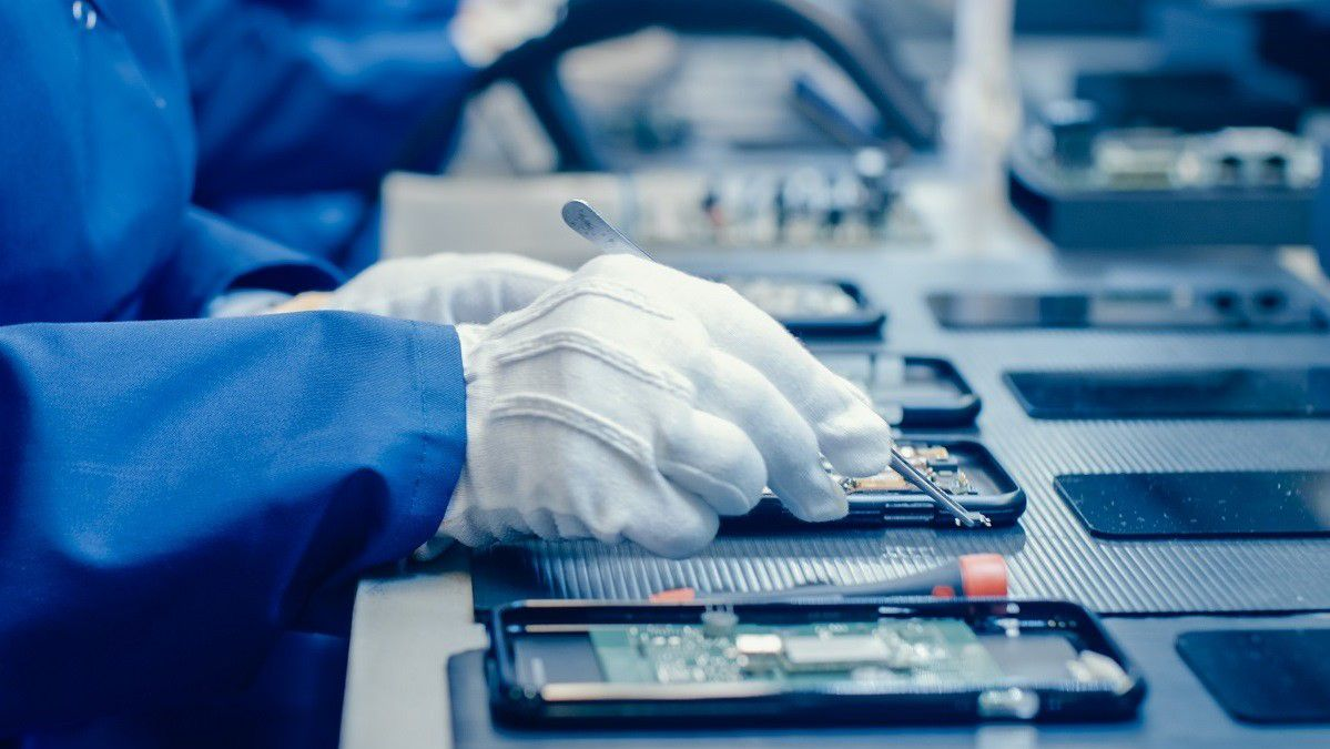 Device Manufacturing Testing